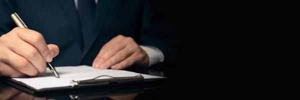 Lei de SC prevê suspensão a servidor que violar prerrogativas da advocacia
