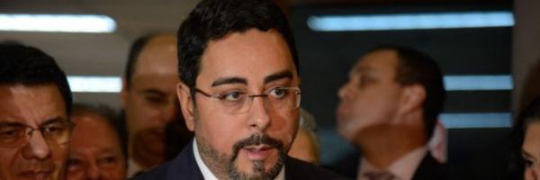 Sem autorização: Bretas ignora Supremo e mantém ação penal com dados do Coaf