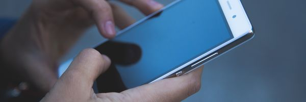 Sony é condenada a pagar multa por causa de celular com defeito