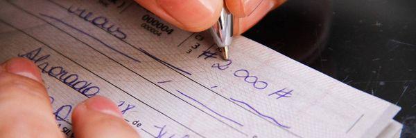 Cobrança de tarifa por disponibilização de cheque especial é inconstitucional