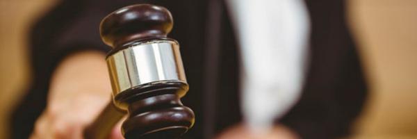 """""""Direito de ser ouvido pelo juiz"""": advogada aponta desrespeito à prerrogativa em Fórum"""