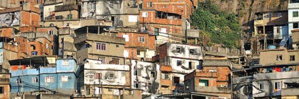 Direito Real de Laje: Garantia para a regularização dos puxadinhos nas comunidades.