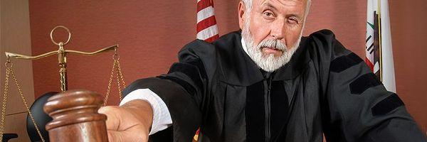 """Juiz diz que réu, apesar de ser """"de classe média"""", é mau. Fujamos!"""