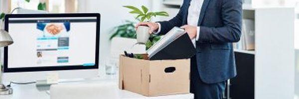 Como faço a empresa me demitir sem perder os meus direitos?