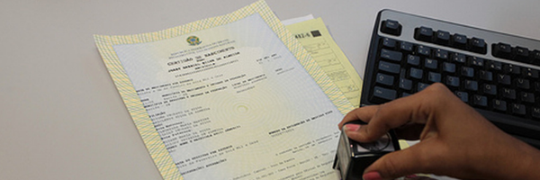 Direto no cartório: CNJ permite alterar sobrenome dos pais sem decisão judicial