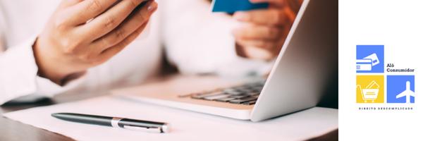 Cobrança de valor maior por pagamento no cartão de crédito: conheça seus direitos!