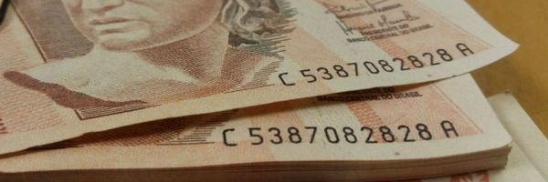 Qualquer pessoa hoje tem o direito de pedir na justiça a revisão de correção monetária do FGTS