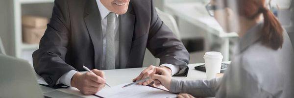 Devendo o banco? Conheça as 3 práticas abusivas mais comuns no financiamento bancário