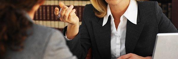 Prestação de serviços advocatícios gratuitos a membros de igrejas deve ser eventual