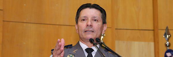 Deputado do PSL oferece R$ 10 mil para quem matar assassino de mulher no ES...