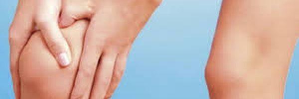 Paciente que ficou com metal no joelho após cirurgia será indenizado por danos morais.