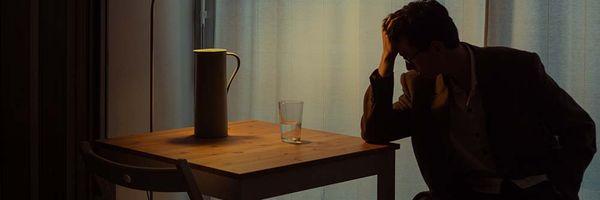 O trabalho ou a falta dele pode causar depressão