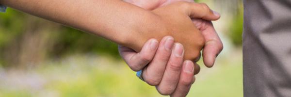 Paternidade socioafetiva não impede direito à herança de pai biológico