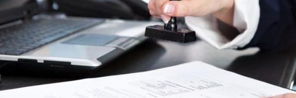 Lei altera regras para cobrança de taxas e emolumentos em cartórios