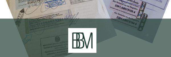 Lei que dispensa reconhecimento de firma e autenticação de documento é sancionada.