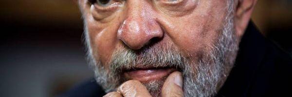 TRF-4 nega embargos de Lula