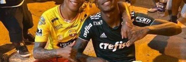 Jogador do São Paulo com camisa do Palmeiras: é cabível alguma sanção?
