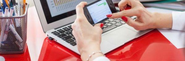 A empresa pode proibir o uso de celular durante o horário de trabalho?