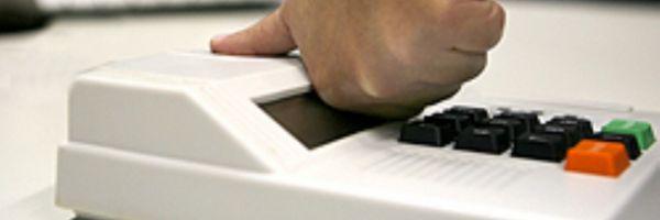 Segurança de urna digital acende luz amarela no Brasil
