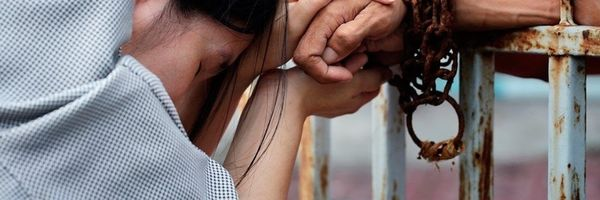 Responder a processo criminal ou cumprir pena não impede direito de visita