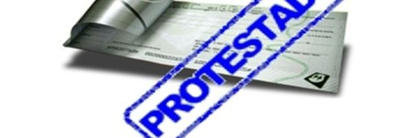 Protesto de duplicata em valor maior que a dívida não gera dano moral indenizável