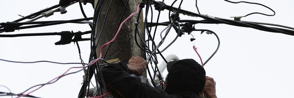 Gato de energia elétrica é crime?