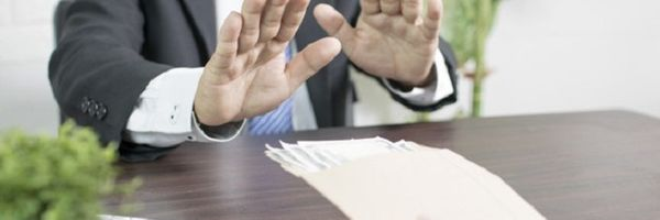 Banco recusa receber quitação de prestações e é condenado em danos morais