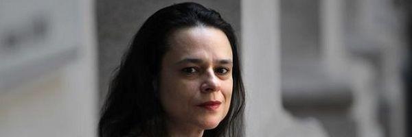 Janaina Paschoal é contra o aborto. E você? Deixe a sua opinião.
