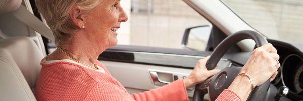 União deve garantir isenção de IPI para carro adaptado a idosa com limitação física