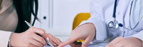 É obrigatório ter um contrato de prestação de serviços médicos de forma escrita?