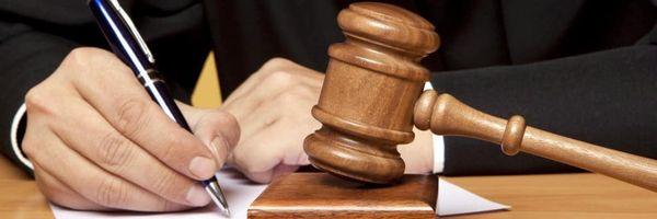 Trabalhador que buscava reverter justa causa é condenado a pagar indenização de 80 mil