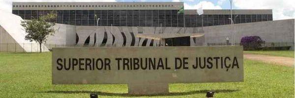 Restabelecida sentença que absolveu advogado da acusação de defender partes contrárias