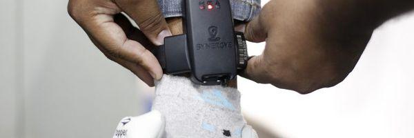 Tornozeleira eletrônica: conheça as regras envolvendo o uso do dispositivo