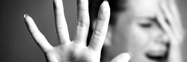 Câmara aprova projeto que obriga agressor a ressarcir SUS por custos com vítimas de violência doméstica