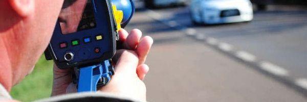 Proposta exige comprovação de multa por equipamento audiovisual ou eletrônico