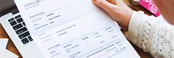 Empresa de telefonia deve indenizar cliente por sucessivas faturas erradas