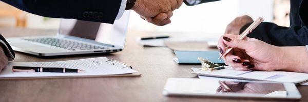 Quais são as 5 cláusulas especiais no contrato de compra e venda?