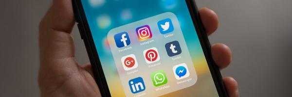 Difamação em rede social gera danos morais