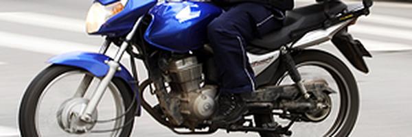 Trabalhar de moto gera adicional de periculosidade, decide TJ-SC