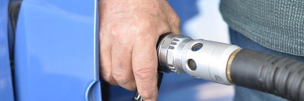 Decisão: Dilatação volumétrica de combustível pelo calor não constitui fato gerador de ICMS
