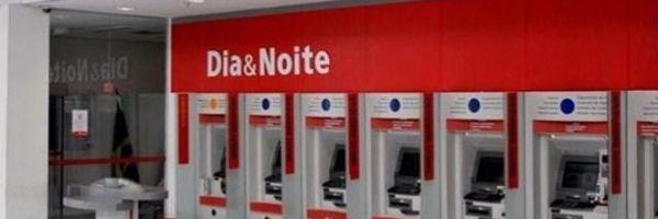 Banco Bradesco vai pagar indenização de R$ 10 mil por deixar cliente na fila por 2h30
