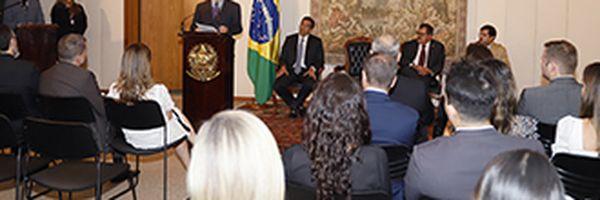 Ministro Dias Toffoli assina acordo de cooperação que possibilita novas funcionalidades ao BacenJud