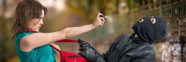 Mulheres poderão usar spray de pimenta e arma de choque, autoriza Projeto de Lei