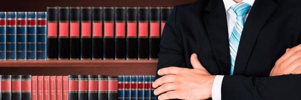 Advogado que insistiu em acompanhar cliente em delegacia no Rio é absolvido