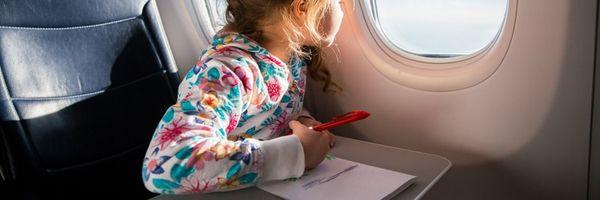 Quero viajar para o exterior com o meu filho e o pai/mãe da criança não quer autorizar. O que devo fazer?