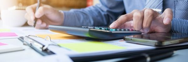 Os investimentos previstos no contrato de franquia podem aumentar?
