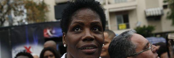 """Comissão inocenta juíza e diz que advogada foi algemada """"para sua própria segurança"""""""
