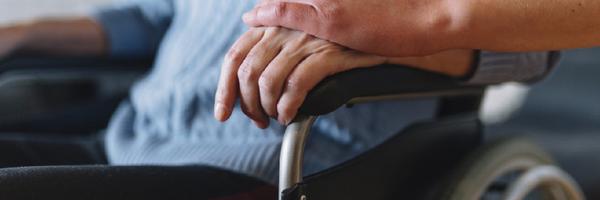 STF suspende ações que pedem adicional de 25% a aposentados que precisam de cuidadores