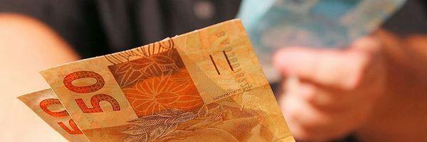 Transação a partir de R$ 30 mil em espécie deve ser comunicada à Receita