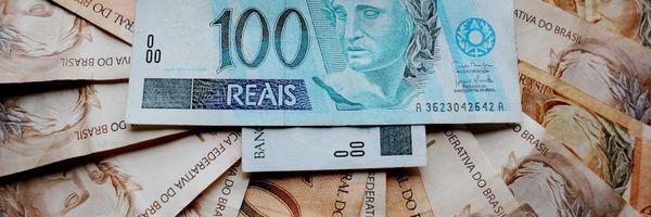 O Banco pode reter meu salário para pagamento de dívida?